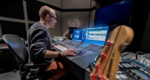 Bert-Smorenburg at SMP studio