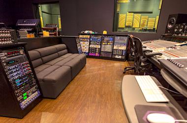 Tom Brooks Hybrid Studios